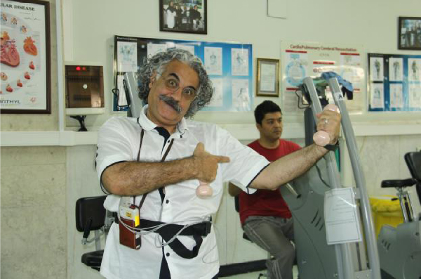 آقای واحدی اولین سفیر سلامت مرکزآموزشی، تحقیقاتی و درمانی قلب و عروق شهید رجایی