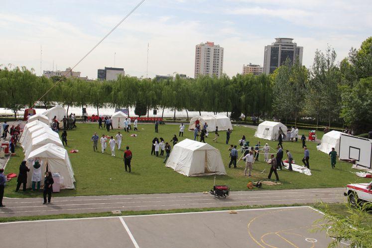 برگزاری مانور امداد ونجات در بحران وبلایای طبیعی در مرکز